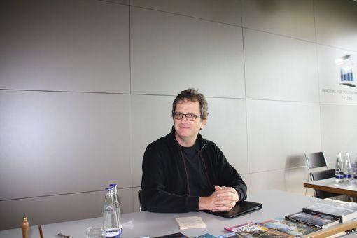 Präsentation: Der PERRY RHODAN-Redakteur Klaus N. Frick stellte die Serie und ihr multimediales Umfeld vor. Bild: Dominik Kühl.